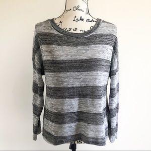 Forever 21 Metallic Lightweight Sweater H1